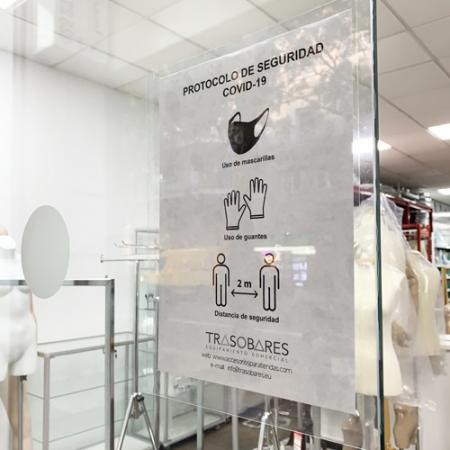 porta cartel informativo para cristal sin adhesivos
