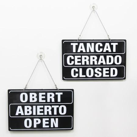 letrero abierto cerrado 3 idiomas