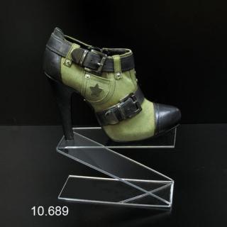 """Soporte metacrilato calzado en """"Z"""" de 10 cm altura"""