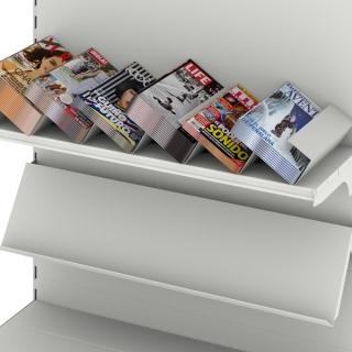 Clasificador revistas sobre estante