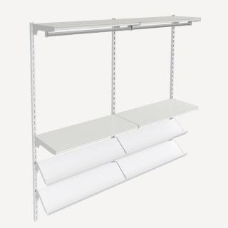 estanterias con barras colgadores para ropa y estantes inclinados para calzado
