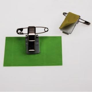 pinza con imoperdible para tarjetas